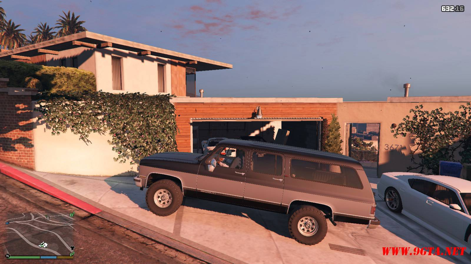 1989 GMC Suburban Mod For GTA 5 (2)
